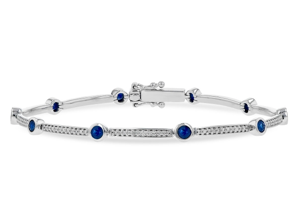 Shop dazzling designer bracelets at R. Gregory Jewelers in North Carolina. Our family owned and operated business can help you choose the perfect bracelet for you or a loved one.
